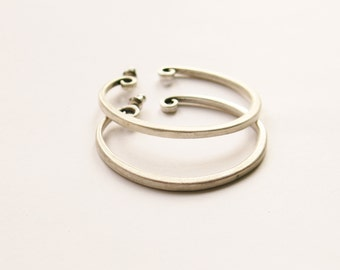 Matte Silver Hoop Earrings // Silver Plated Studs // 90's Hoop Earrings / Pierced Ears / Simple / Minimalist // Made in the UK
