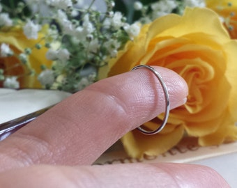 THIN & STRONG Platinum wedding band spacer ring , about 1mm platinum band , narrow low profile skinny palladium white gold ring 18kt 14kt