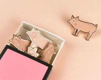Pig Pin // Soft Enamel Pin // Pig Lapel Pin // Cute Pin // Pig Gift // Piggy Pin // Animal Pin // Piglet