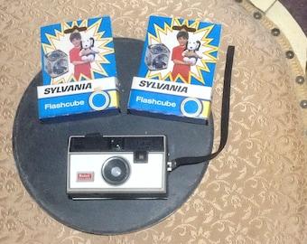 Vintage Kodak Instamatic 134 Camera with Sylvania Flash Bulbs, Vintage Mid Century Cameras, Sylvania Flash Bulbs