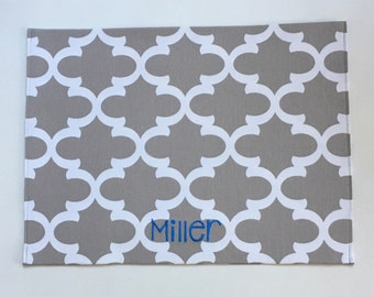 Personalized Grey Puppy Bowl Mat || Custom Pet Placemat Dog Gift || Quatrefoil Feeding Station by Three Spoiled Dogs