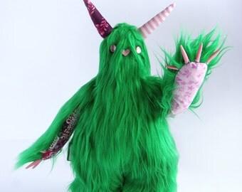 Mobbo the monster of hugs Lotus