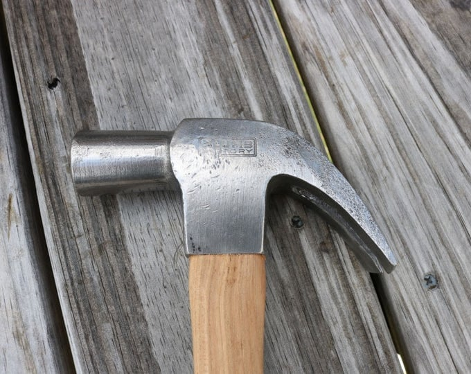 Plumb Victory claw hammer