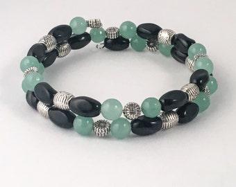 Green bracelet, black bracelet, green beaded bracelet, black beaded bracelet, green wrap bracelet, black wrap bracelet, bracelet green