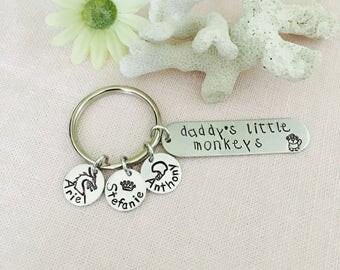 Personalized Handstamped Fathers Day Keychain, grandad, grandmom, Mom Keychain, Nana, MomMom, Nanni, PopPop keychain