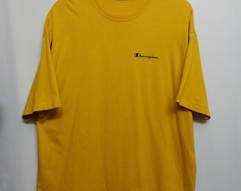 Vintage//Champion Athletic Apparels//Yellow Tshirt //Size Adult L//Embroided logo