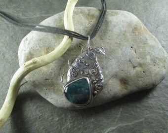 Paisley - Sterling Silver and Seaweed Moss Agate Pendant