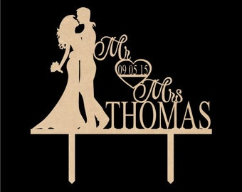 Rustic Wedding Cake Topper, Mr and Mrs, Personalized with Last Name, Custom Date Cake Topper, Wedding Cake Decorations