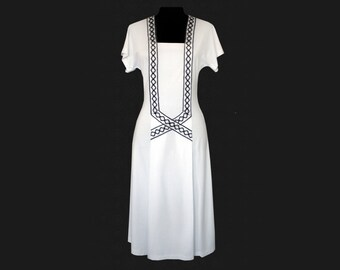 Square neck dress, white dress with black lace, midi dress, a-line, black and white, knee-length dress, small size