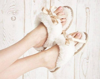 British Sheepskin Flip Flop Style Women's Slippers Celtic and Co