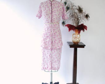 Vintage 1930s Dress - Darling Floral Print Semi-Sheer Cotton Voile 30s Day Dress with High Neck and Split Peplum