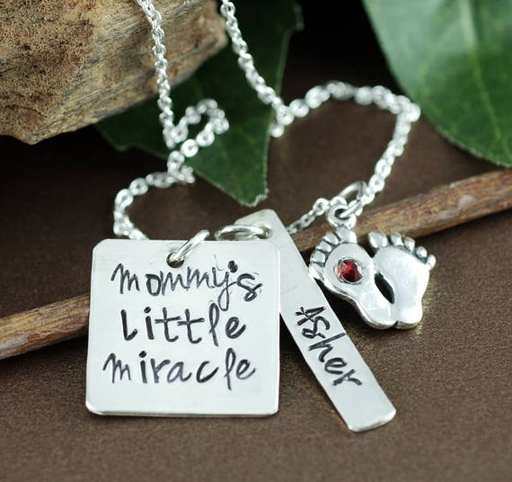 Personalized Baby Feet Mom Necklace, Personalized Jewelry, Hand Stamped Jewelry, Personalized Necklace, GIft for Mom, Mother's Necklace