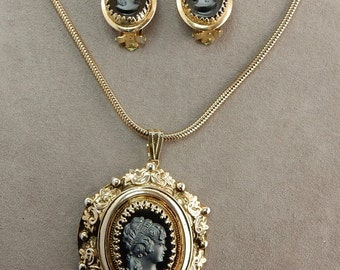 Vintage Baroque Gold and Black Glass Cameo Pendant Necklace  & Clip On Earrings Set   OA24