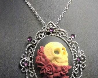Sugar Skull  necklace, skull jewellery, skull and  roses cameo necklace, Skull cameo, Gothic necklace, cameo necklace