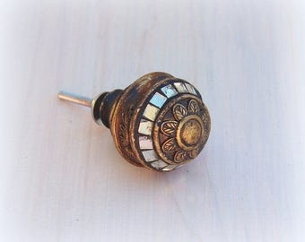 Antique Gold Knob, Drawer Pulls, Cabinet Knobs, Dresser Knob, Modern Cabinet Pulls, Modern Drawer Pulls, Glass Drawer Knobs, Gold Knobs