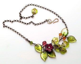 Crimson Flower Necklace, Green and Burgundy Vine Necklace, Nature Jewelry, Crimson Red Beaded Necklace, Gift for Her