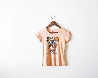 Vintage Minnie Mouse T Shirt / 70s Shirt / Disney / Cheer / 1970s Coral Peach Minnie Mouse Woman Shirt Small