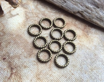 10x Ring Findings Jewellery Charms, Antique Brass Findings Pendants C184