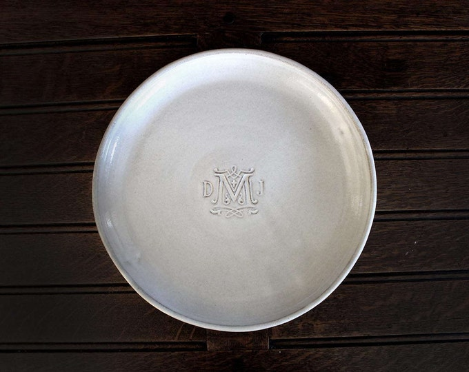 Monogrammed Heirloom Dinner Plate