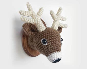 "Deer Faux Taxidermy, Crocheted (5""x7"")"
