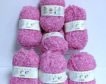 Coconut Ice Yarn Vintage Pink Yarn Destash Lightweight Fluffy  White Flecked Textured Wendy Yarn Twisted Soft Nubbie Yarn for Fiber Art