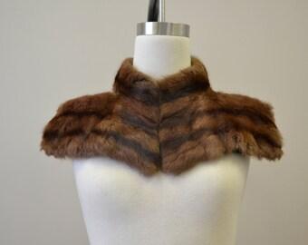 1940s Winged Dark Brown Fur Collar