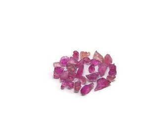 Rough Rubelite Rubellite raw Pink Tourmaline top facet Crystals lot (3.20 carats) Semi Precious Gemstone (K.16)