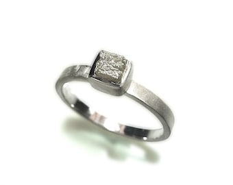 Diamond ring - silver ring - rough diamond uncut - Women ring - stacking ring, engagement ring - handforged by SILVERLOUNGE