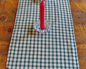 Green/Tan Checkered Table Runner