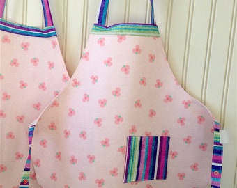 Girl's Apron, Chef Apron, Kid's Reversible Apron, Little Helper Aprons, Pink Floral Apron, Kids Cooking, Moms Helper, Arts and Crafts Apron