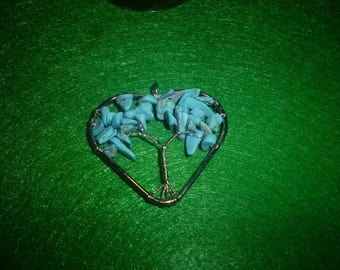 Howlite heart shaped pendant tree of life turquoise colour
