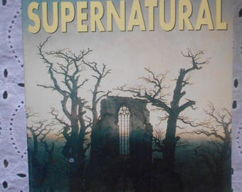 The Oxford Book of the Supernatural, D.J. Enright.  Paperback 1995, Vintage Paperback, Horror stories, Book for Halloween, Vintage Book