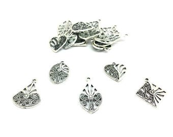 30 charms silver Matt 5 different forms