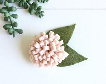 Felt flower clip- peach felt flower- wool felt flower clip - felt flower barrett