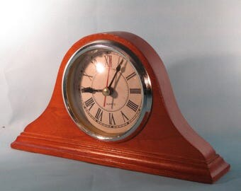 Beautiful Mantle Style Desk Clock
