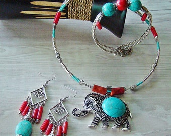 Ethnic necklace sea and sun