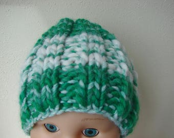 Chunky knit hat green white kids hat size 2 till 5 yrs warm comfortable hat knit in round no seams multicolor thick thin yarn green boy girl