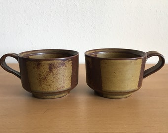 Pair of handmade tan and brown ceramic coffee / tea / cocoa mugs circa 1990s geometric block glaze & nice rim for Old Florida cottage!