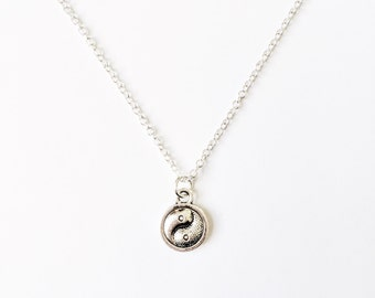 Dainty Yin & Yang Necklace