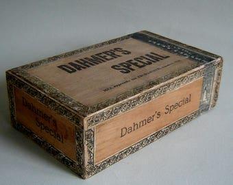 Vintage CIGAR BOX Dahmer's Special AMULREE On, Canada
