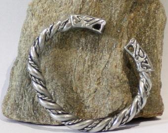 Viking Wolfshead  Twist Bracelet