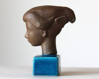 Johannes Hedegaard, Royal Copenhagen, Denmark. 'Cleopatra' Sculpture no. 21817
