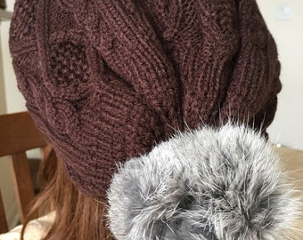 Cabled fur pom pom Slouchy hat