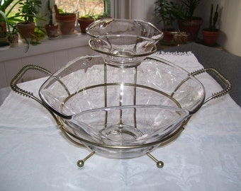 Glass Chip and Dip, Drizzle Glass Chip and Dip, Spaghetti Glass, with Stand Vintage
