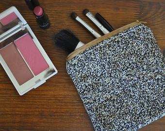 Handmade purse - cotton & linen