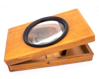 Graphoscope Monoscope Viewer, Postcard Viewer, Unique Old Wood Box with Glass Lens