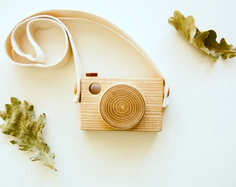 Wood Camera Toy - Toddler Wooden Toy - Baby Wooden Toy - Handmade Gift - Pretend Play Toy