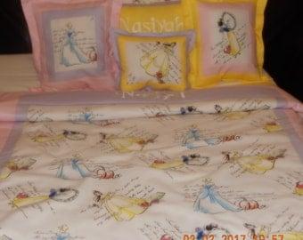 Disney Princess Bedding - Girls Crib/Toddler Disney Princess Bedding