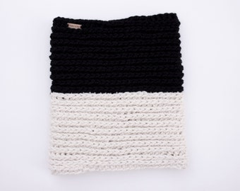Crochet Cowl, Two Toned Cowl with Genuine Leather Cuff, Black and White, Chunky Cowl, Cuffed Cowl, Removable Leather Cuff, Chunky Neckwarmer