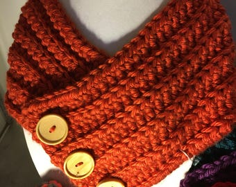 Crocheted 3 button cowl